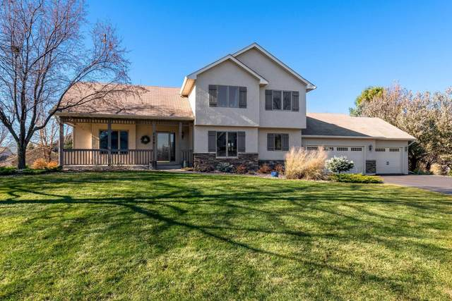 7550 Walnut Curve, Chanhassen, MN 55317 (#5703537) :: The Janetkhan Group