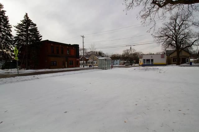 941 3rd Street E, Saint Paul, MN 55106 (#5704046) :: Tony Farah | Coldwell Banker Realty