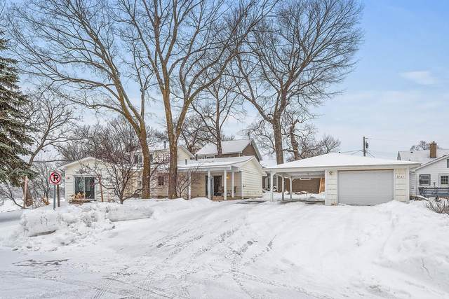 1737 Canary Lane, Mound, MN 55364 (#5704239) :: Happy Clients Realty Advisors