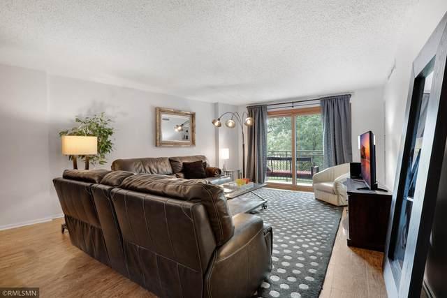 210 W Grant Street #112, Minneapolis, MN 55403 (#5704286) :: Holz Group