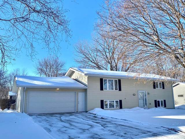 902 Woodfern Drive, Marshall, MN 56258 (#5704447) :: The Janetkhan Group