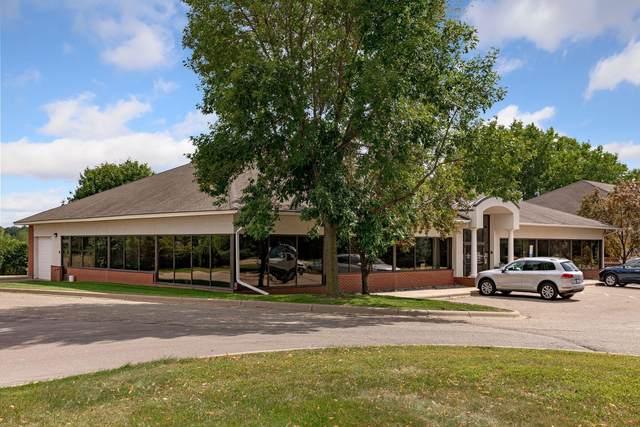 2510 Lexington Avenue S, Mendota Heights, MN 55120 (#5705919) :: Holz Group