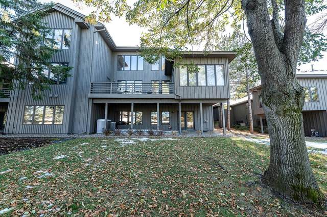 902 S Highview Circle, Mendota Heights, MN 55118 (#5706574) :: Bos Realty Group