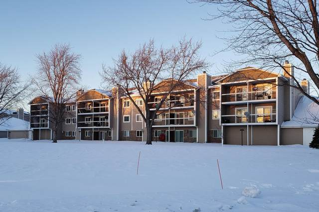 7632 157th Street W #204, Apple Valley, MN 55124 (#5711424) :: Bos Realty Group