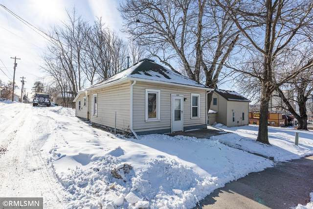208 Swan Street, Le Sueur, MN 56058 (#5713891) :: The Janetkhan Group