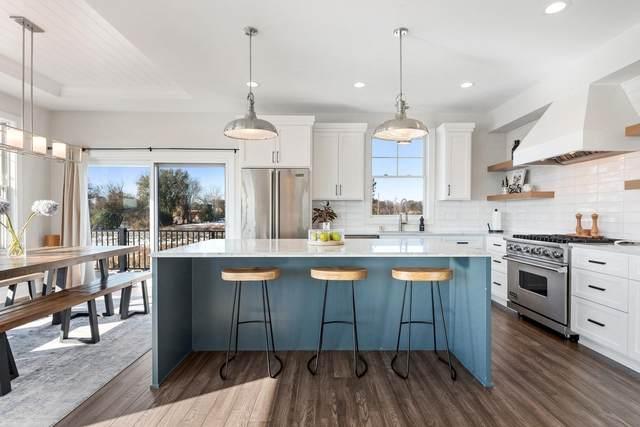18215 59th Avenue N, Plymouth, MN 55446 (#5716223) :: Straka Real Estate