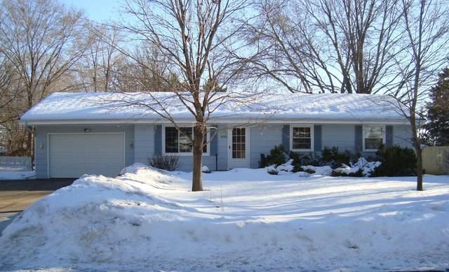 4702 104th Avenue NE, Circle Pines, MN 55014 (#5716587) :: Carol Nelson | Edina Realty