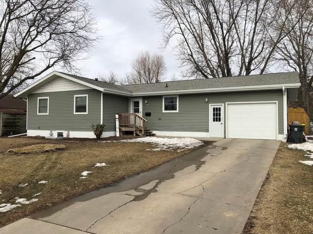 303 E Lyon Street, Marshall, MN 56258 (#5717699) :: Lakes Country Realty LLC