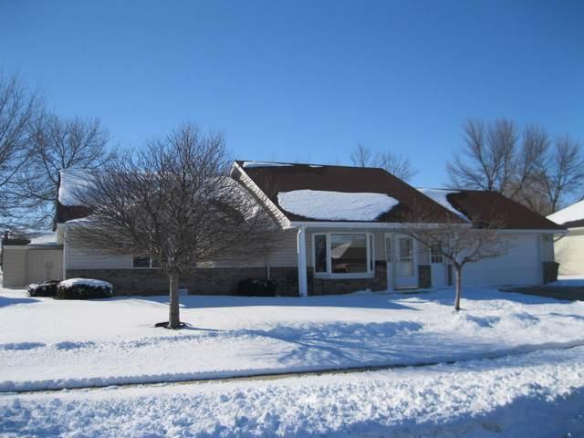 1304 Ellis Avenue, Marshall, MN 56258 (#5717728) :: The Pietig Properties Group