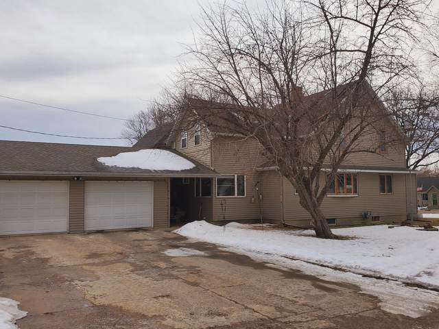 215 E Cottonwood Street, Cottonwood, MN 56229 (#5718040) :: The Pietig Properties Group