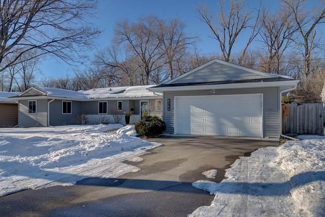 8542 W 28th Street, Saint Louis Park, MN 55426 (#5718644) :: Straka Real Estate