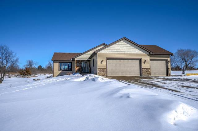 635 93rd Street, Warren Twp, WI 54023 (#5719237) :: The Michael Kaslow Team