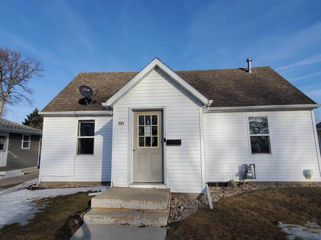731 7th Avenue SW, Pipestone, MN 56164 (MLS #5721040) :: The Hergenrother Realty Group