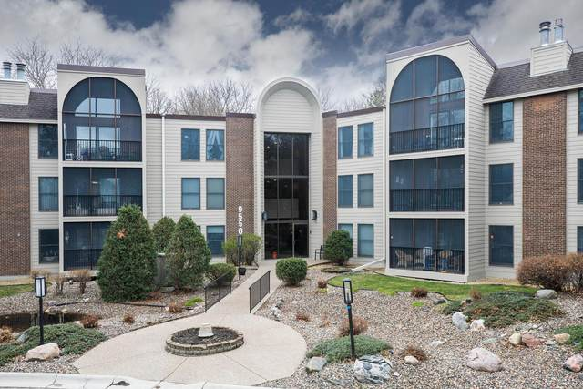 9550 Collegeview Road #120, Bloomington, MN 55437 (#5723269) :: The Michael Kaslow Team