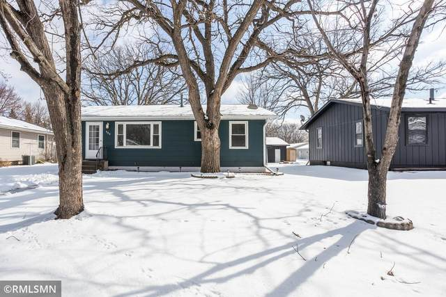 904 11th Avenue SE, Saint Cloud, MN 56304 (#5727837) :: Holz Group