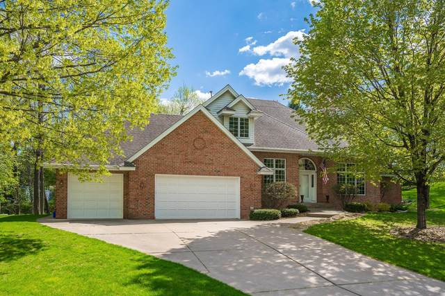 5475 Rosewood Lane N, Plymouth, MN 55442 (#5729236) :: The Janetkhan Group