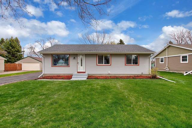 9552 Orleans Lane N, Maple Grove, MN 55369 (#5736451) :: Tony Farah | Coldwell Banker Realty