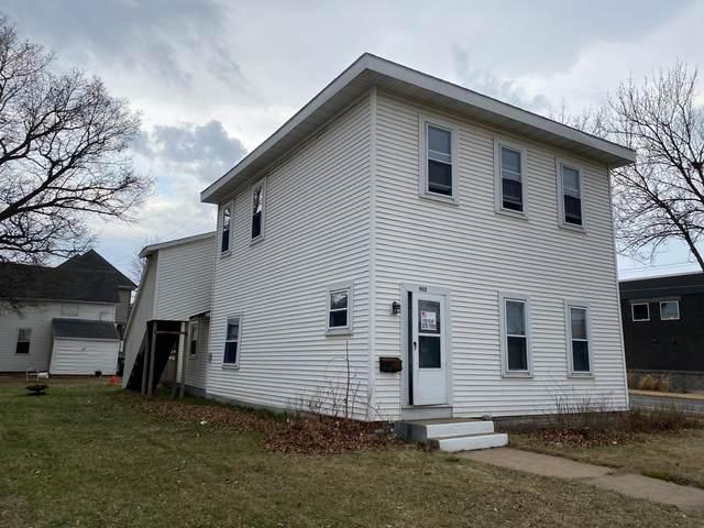 902 Main Street E, Menomonie, WI 54751 (#5737793) :: Lakes Country Realty LLC