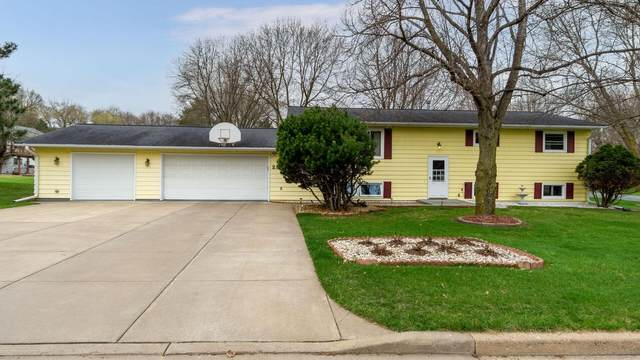 2311 9th Street E, Menomonie, WI 54751 (MLS #5743184) :: The Hergenrother Realty Group