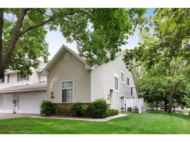 2572 Lockwood Drive #68, Mendota Heights, MN 55120 (#5744035) :: Twin Cities South