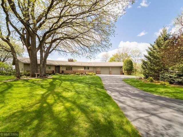 10550 W Riverview Drive, Eden Prairie, MN 55347 (#5745193) :: The Janetkhan Group
