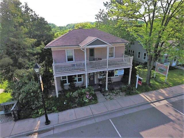 418 Bench Street, Taylors Falls, MN 55084 (#5746109) :: The Janetkhan Group