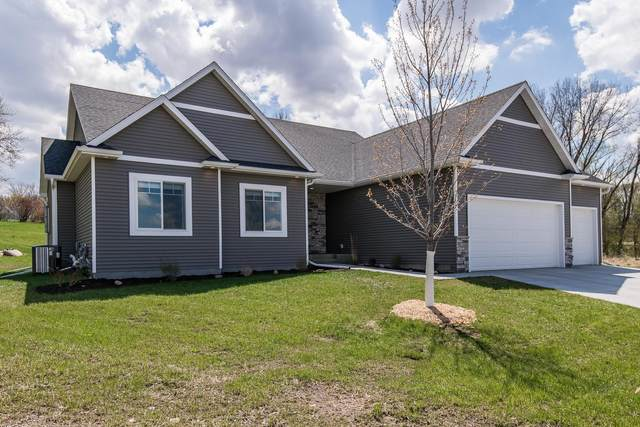 1250 1st Court NE, Byron, MN 55920 (#5749185) :: Tony Farah | Coldwell Banker Realty