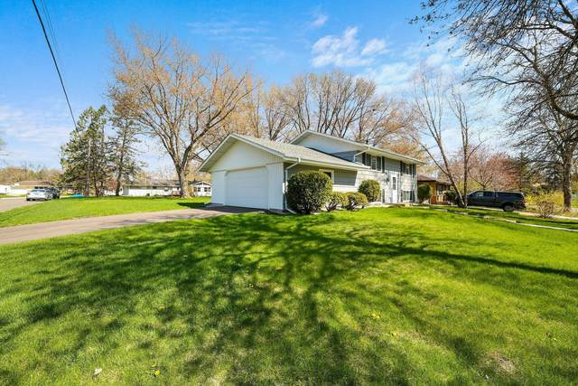 584 Riviera Drive, New Brighton, MN 55112 (#5749551) :: Twin Cities Elite Real Estate Group | TheMLSonline