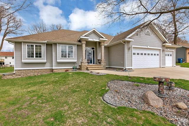 917 Wildflower Lane, Sauk Rapids, MN 56379 (#5751650) :: Bre Berry & Company