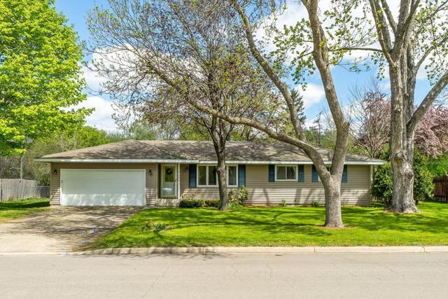 3108 98 1/2 Street W, Bloomington, MN 55431 (#5752476) :: The Janetkhan Group