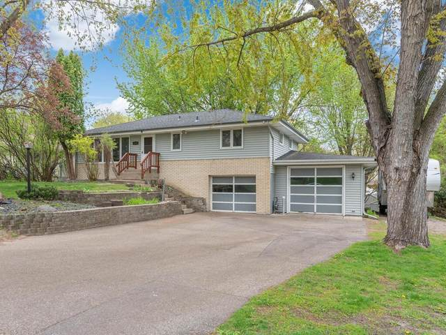 6889 Berkshire Lane N, Maple Grove, MN 55311 (#5752897) :: The Jacob Olson Team