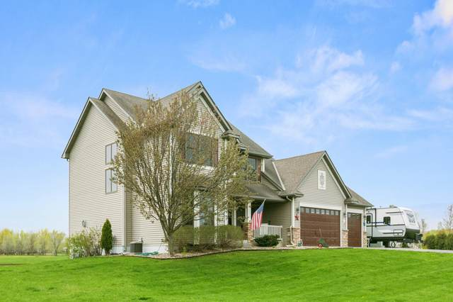 668 Mary Jo Court, Hudson Twp, WI 54016 (#5753382) :: Bre Berry & Company