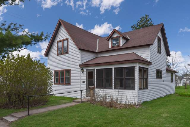 422 3rd Street NW, Aitkin, MN 56431 (#5754668) :: The Janetkhan Group