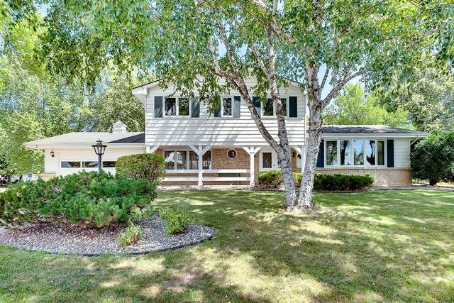 5016 Normandale Highlands Drive, Bloomington, MN 55437 (#5754700) :: The Janetkhan Group