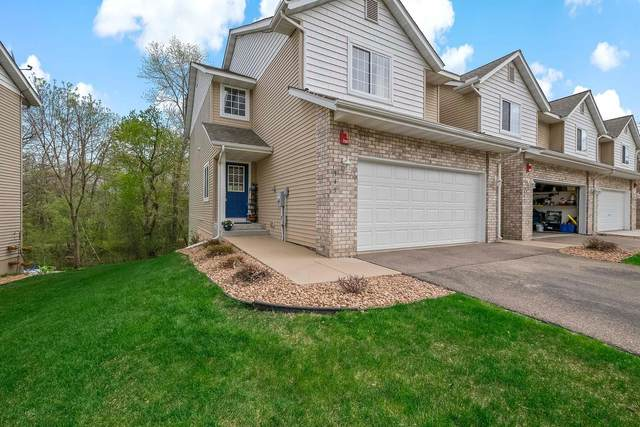 345 Pleasant Lane, Chaska, MN 55318 (#5755508) :: Tony Farah | Coldwell Banker Realty