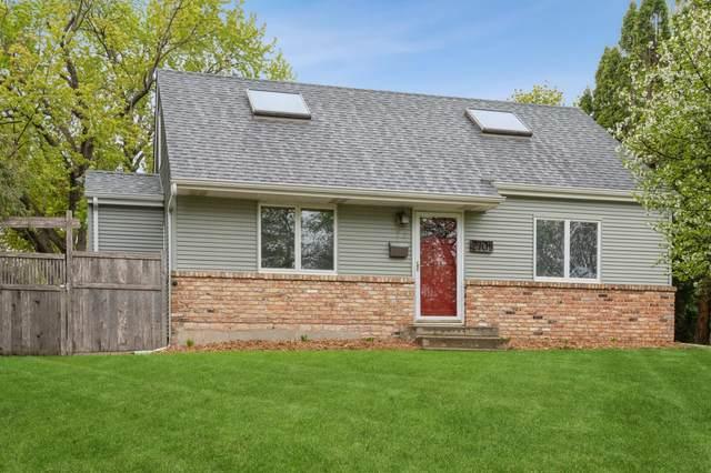 2701 W 86th Street, Bloomington, MN 55431 (#5755879) :: Tony Farah | Coldwell Banker Realty