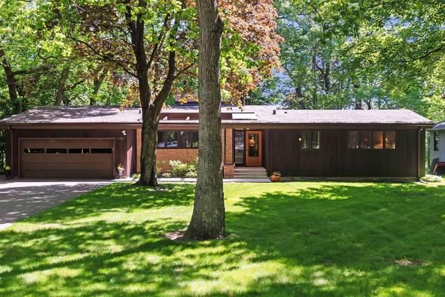 11907 Hilloway Road W, Minnetonka, MN 55305 (#5756826) :: Helgeson Platzke Real Estate Group