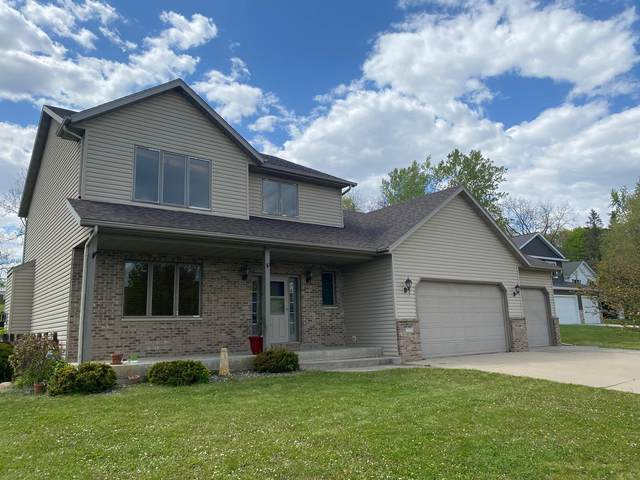 2521 Elmcroft Drive SW, Rochester, MN 55902 (#5757502) :: Bos Realty Group