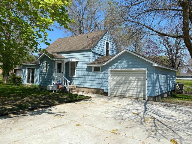 302 NW Emerson Avenue NW, Renville, MN 56284 (#5758590) :: The Jacob Olson Team