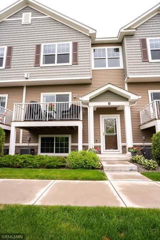 9685 Independence Circle #4, Chanhassen, MN 55317 (#5761855) :: Straka Real Estate