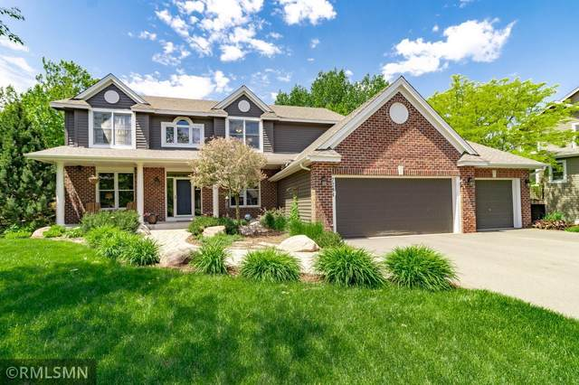 7284 Bent Bow Trail, Chanhassen, MN 55317 (#5763352) :: The Odd Couple Team
