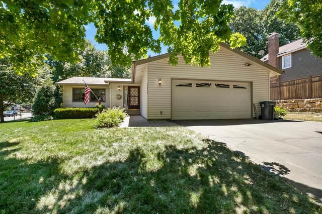 12415 Crowfoot Court, Eden Prairie, MN 55344 (#5766102) :: Bos Realty Group