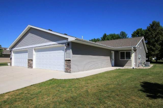 1827 Scenic Heights Court SW, Hutchinson, MN 55350 (#5768952) :: Servion Realty