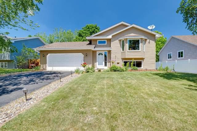 13738 Carmody Drive, Eden Prairie, MN 55347 (#6001997) :: Bre Berry & Company