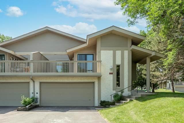 9744 Dorset Lane, Eden Prairie, MN 55347 (#6007227) :: Helgeson Platzke Real Estate Group