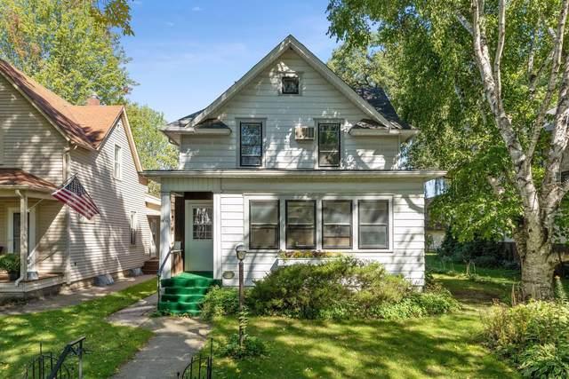 1955 Lincoln Avenue, Saint Paul, MN 55105 (#6007428) :: The Pietig Properties Group