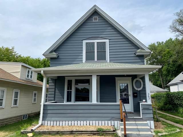 363 Lawson Avenue E, Saint Paul, MN 55130 (#6007636) :: Straka Real Estate