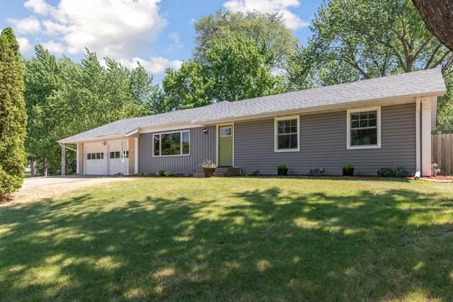 10725 Xavis Street NW, Coon Rapids, MN 55433 (#6008412) :: The Preferred Home Team