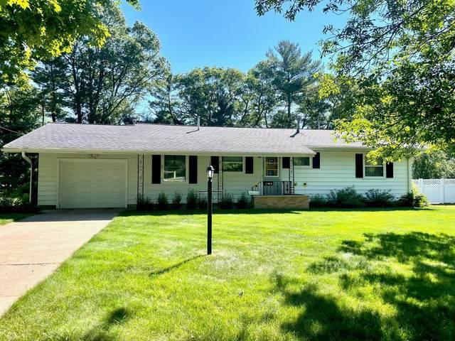 1444 Wilcox Street, Menomonie, WI 54751 (#6009414) :: Bos Realty Group