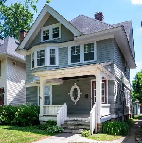 1034 Ashland Avenue, Saint Paul, MN 55104 (#6010528) :: Tony Farah | Coldwell Banker Realty